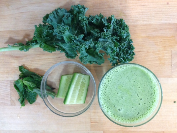 Refreshing Green Smoothie For Summer – Vegan & Banana Free